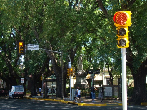 Semaforo en calle