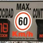 Cartel velocidad controlada